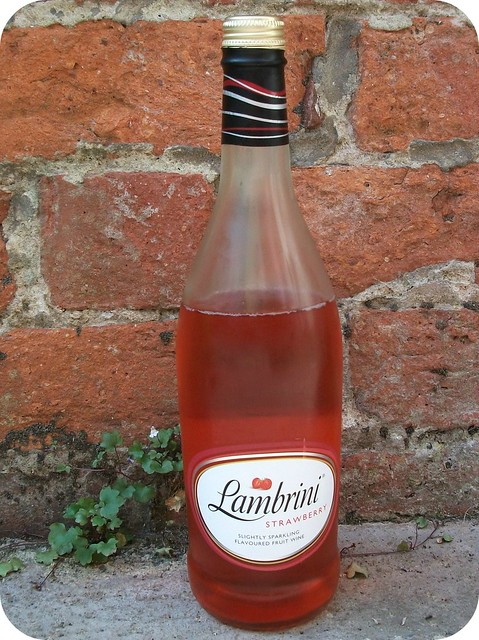 Lambrini Strawberry Review