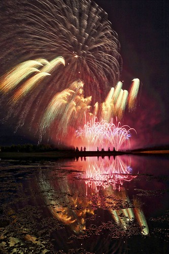 Wow! 24mm Fireworks 2013