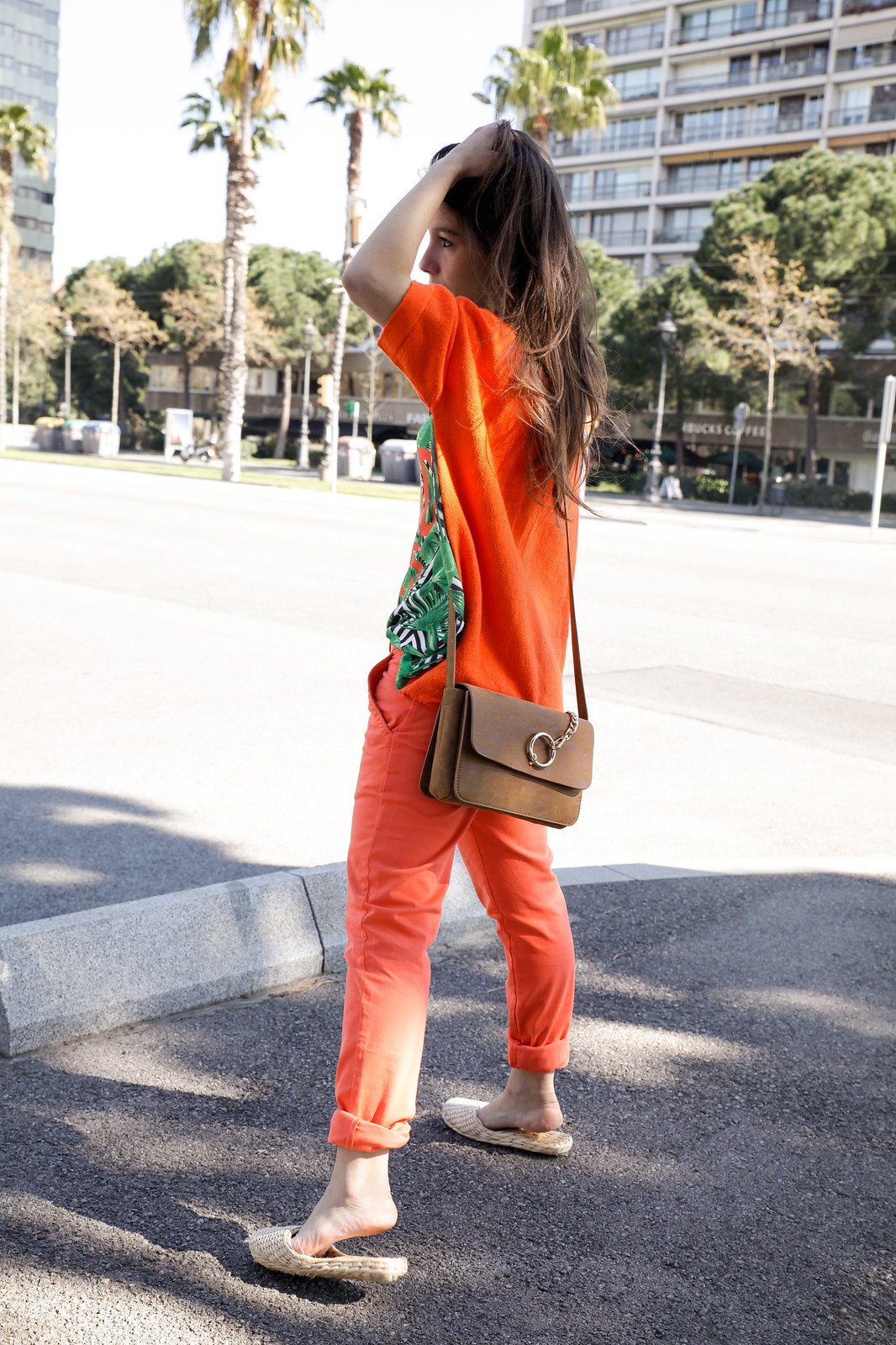011_tropical_outfit_must_have_orange_skinny_inspo_look_theguestgirl_barcelona