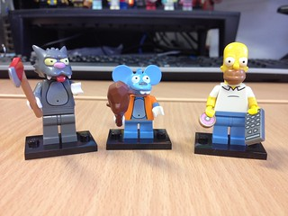 Simpson CMF's Homer, Itchy & Scratchy.