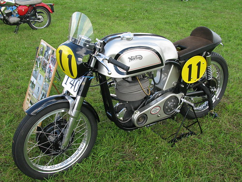 500 Manx Norton (Pickering 2011 Show)