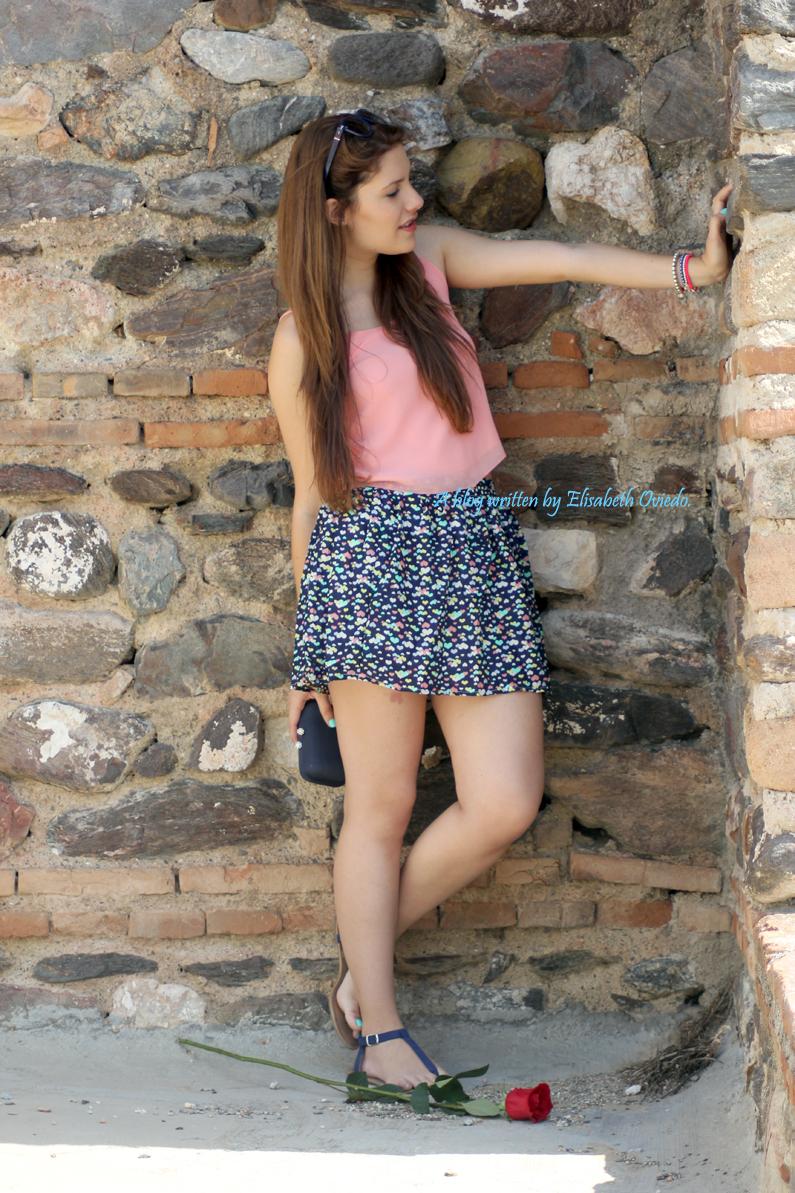 falda-Oasap-y-top-rosa-flúor---HEELSANDROSES-(7)