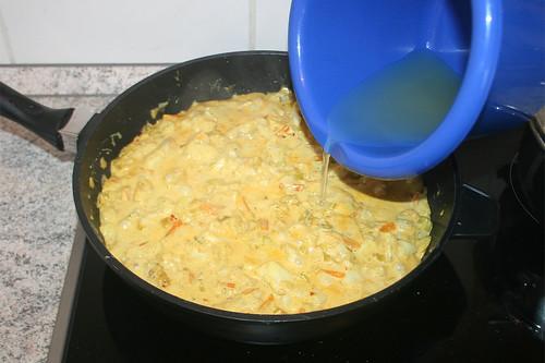 47 - Mit Ananas-Saft abschmecken / Taste with ananas juice