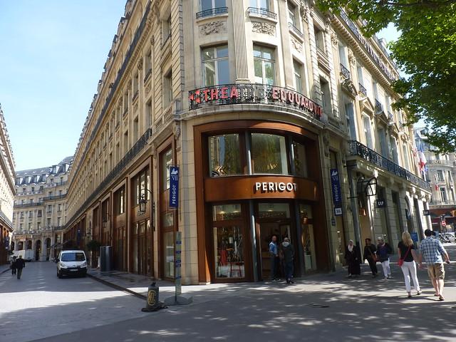 Cafe Theatre Paris  Novembre