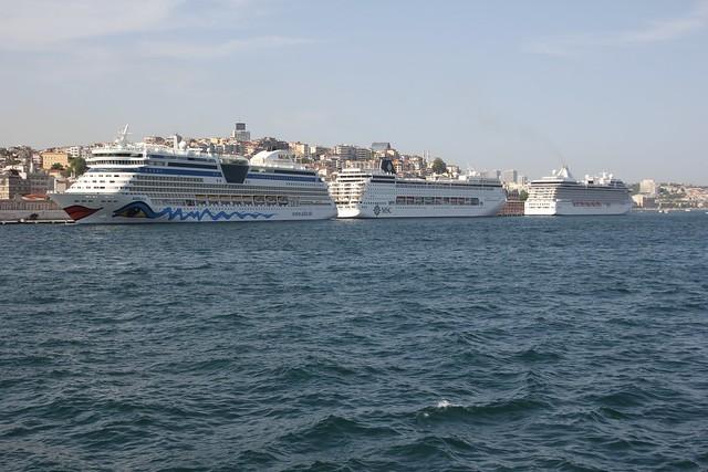 275 - Crucero Bósforo
