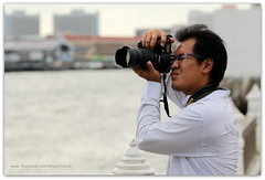 Local Photo Buff – Tha Tien Pier Area, Chao Phraya River, Bangkok, Thailand