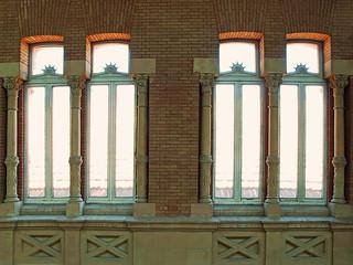 Unas ventanas elegantes,  pero en donde? Estacion de Atocha (Madrid)