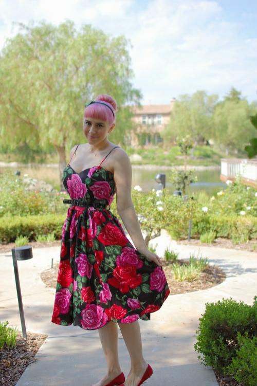Bernie Dexter Scallop Dress in Luscious Rose print 002