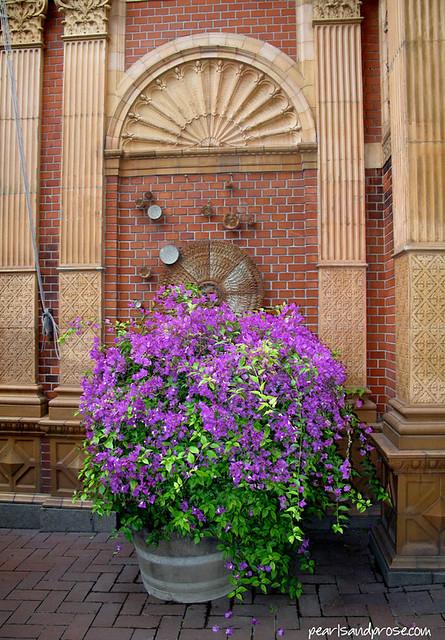 Copen_Tivoli_flowers_web