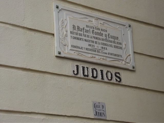 Photo of Rafael Conde y Luque marble plaque