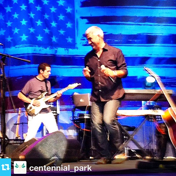 Taylor Hicks at Centennial Park