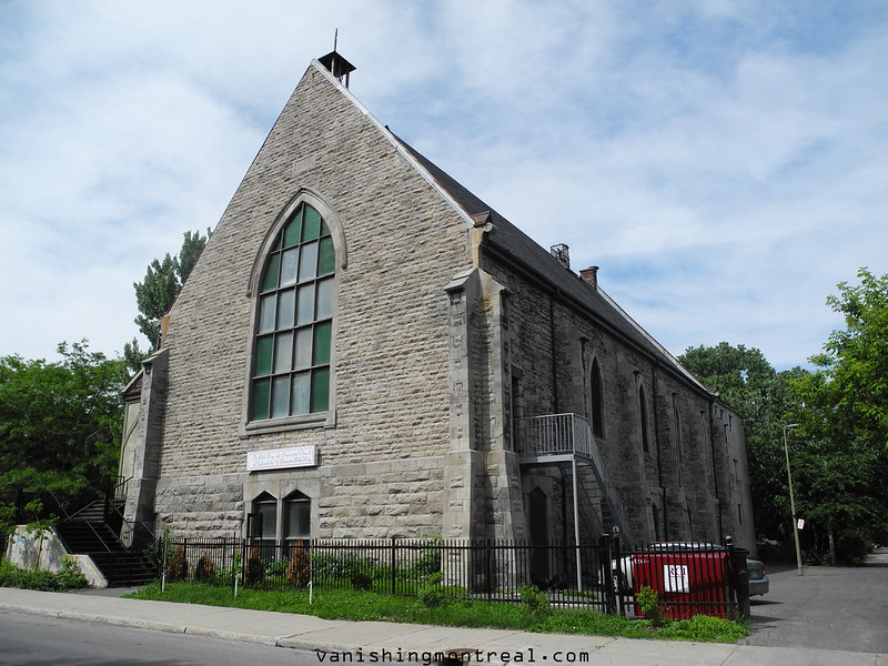 Photo of the Day : Pentecostal church 1