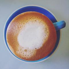 It's a cloud #no1cafeinlaunceston #coffee #latte #latteart #launceston #iphone #iphoneography #iphone6  #notripod #edgarthefounder #nosnookertable