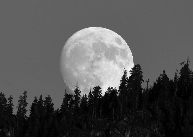 Yosemite super moon