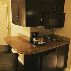 Why does this hotel room have more counter space than my apartment! (That is, any.) #brokelyn #buildings #architecture #hotel #travel #orlando #roadwarrior