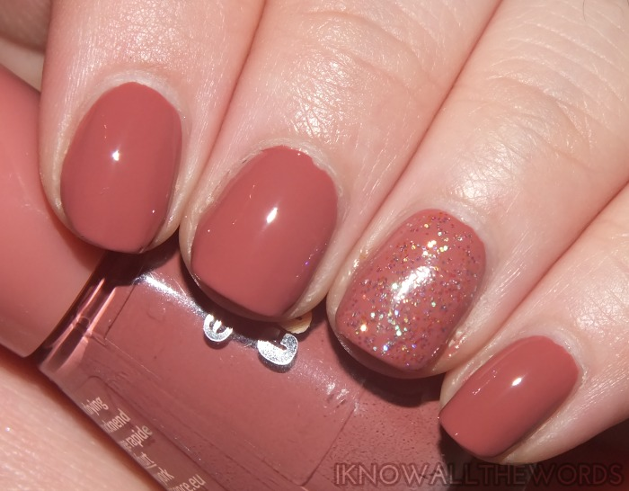 essence colour & go nail polish- english rose and space queen  (2)