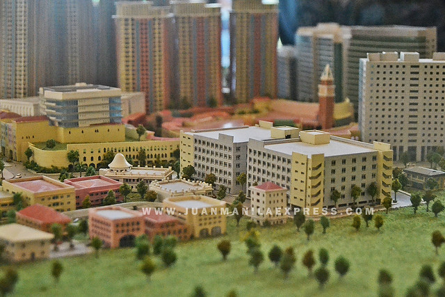 MINIATURE MEGAWORLD FORT. A miniature look at Megaworld Fort township.