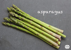 scallion(0.0), plant stem(0.0), vegetable(1.0), asparagus(1.0), welsh onion(1.0), produce(1.0), food(1.0), asparagus(1.0),