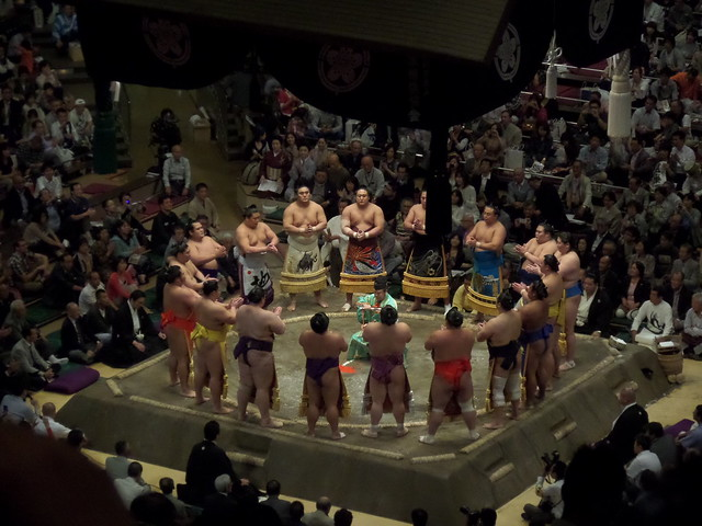 Ring Entrance of Makuuchi Grade Wrestlers