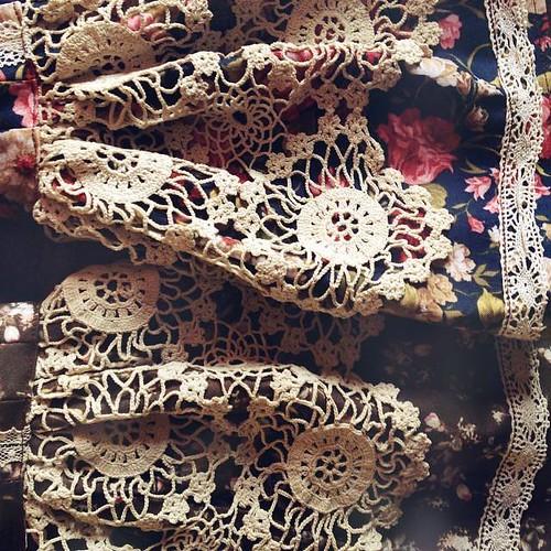 Vieilles dentelles, coton fleuri et champignons P12 - Page 10 15165071737_198242eb63