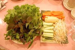 lettuce_herbs_vegetables