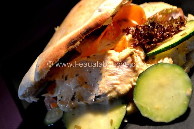 Pita au Poulet en Salade © Ana Luthi Tous droits réservés 027_GF