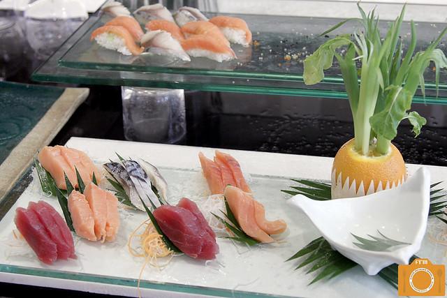 Sabroso sushi and sashimi