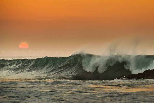 Sergio Marcos - www.sergiomarcos.es - Sunset and Waves