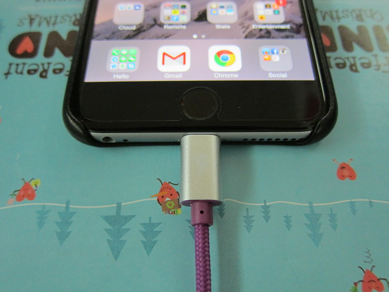 Lightning Rabbit Cables - Purple Lightning Rabbit - Lightning End Plugged In