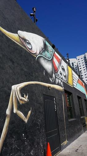 아티스트들을 초대해서 주민들과 그들의 작품을 도시 전체에 전시하고 즐길 수 있는 페스티벌을 기획한다고 한다 (CC BY-SA / @Jennifer)