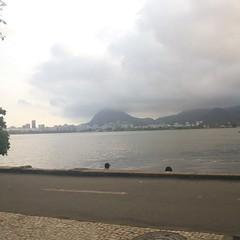 """""""Rio de Janeiro gosto de vc/ Gosto de quem gosta desse céu, desse mar, dessa gente feliz..."""""""