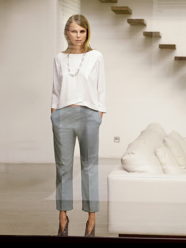 3 low rise cropped trousers
