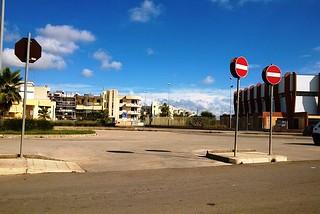 Noicattaro. Il piazzale antistante il Palazzetto dello Sport front