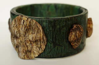 Sea shell stone bracelet