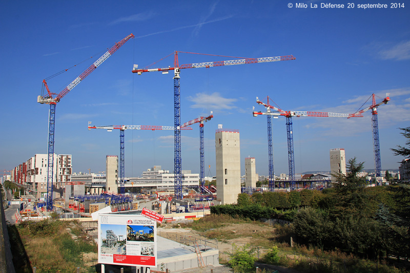 JARDIN DE L'ARCHE PARIS 15296327645_31620c415b_o