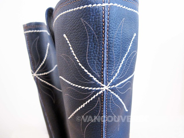 El Naturalista Yggdrasil boot-7