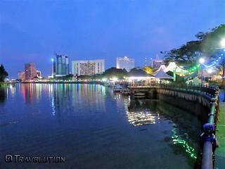 Obraz Kuching Waterfront. malaysia sarawak kuching waterfront promenade borneo food stalls