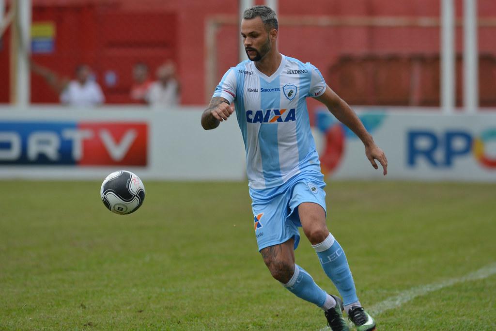 Gustavo Oliveira_009