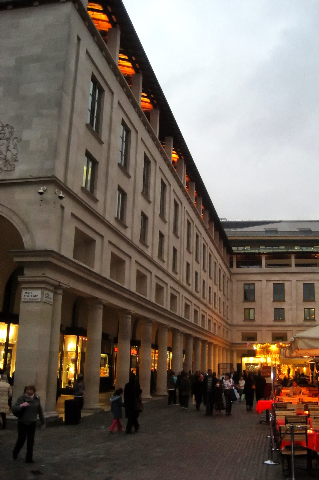 Covent Garden Piazza. Credit Wally Gobetz