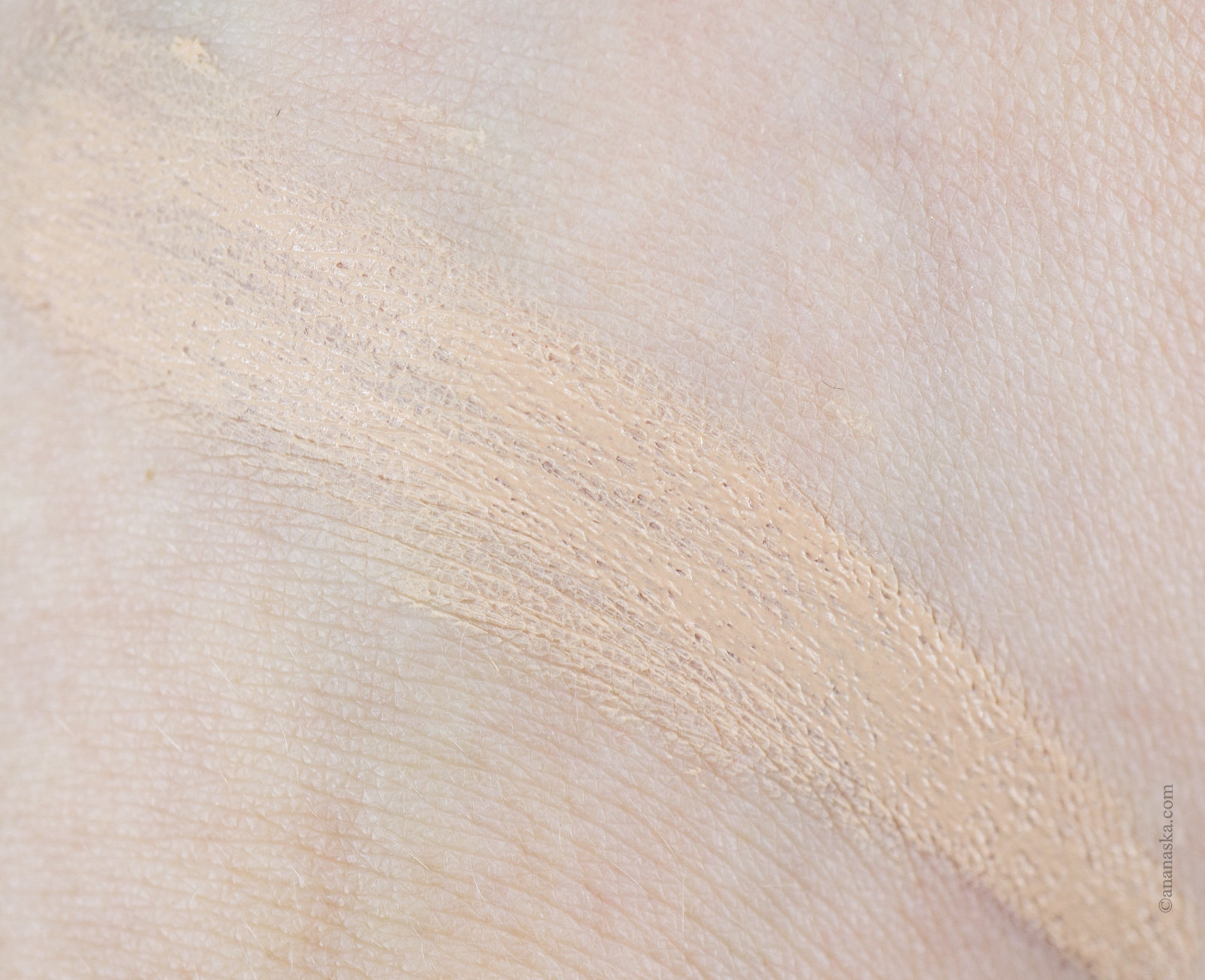 Clarins Teint Pores & Matité 01 Nude Ivory