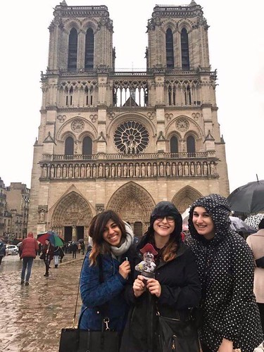 Emily Shlafmitz '18 majoring in English participating on spring 17 London English study group at Notre Dame Cathedral, Paris