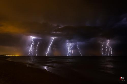 longexposure storm beach night clouds lights iso100 luces spain wind playa viento september tormenta nocturna lightning noise seashore oliva thunder trueno lesmarines brillo ruido relampago largaexposición comunidadvalenciana canon600d efs18135 javiergirbes