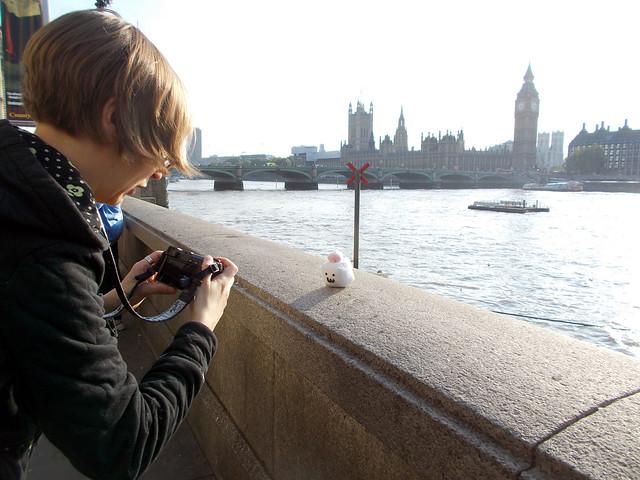 LONDON 1027