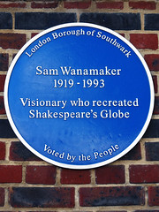 Photo of Sam Wanamaker blue plaque