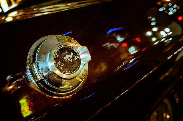 20140930_02_Dodge Challenger's Filler cap