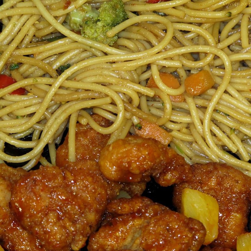 Sweet & sour chicken with vegetable lo mein