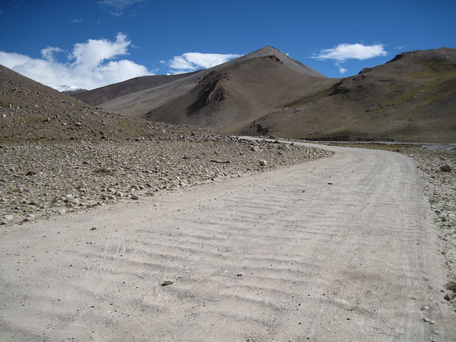 Washboard road back from Chomolungma, Mt Everest