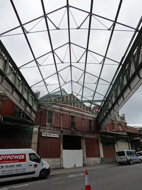 07i - No roof at Smithfield Market
