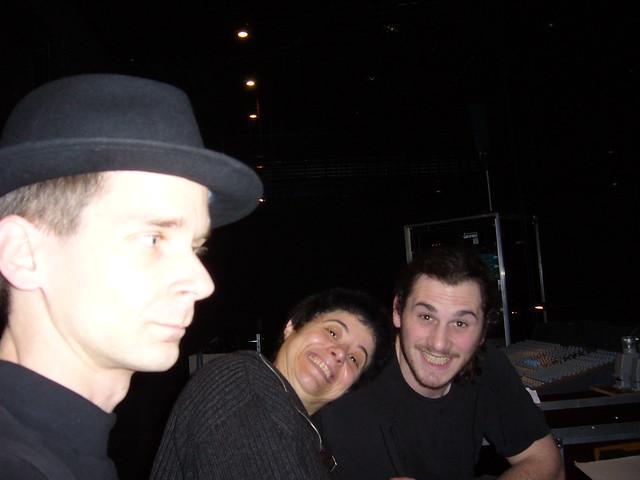 Avec @amariel7 et Mathieu PEYRARD en création lumières pour... on Twitpic