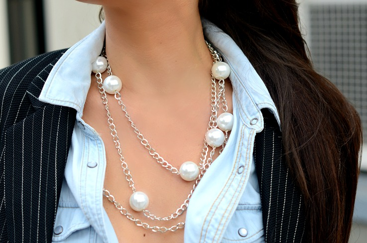 DSC_8369 Pearls On Denim